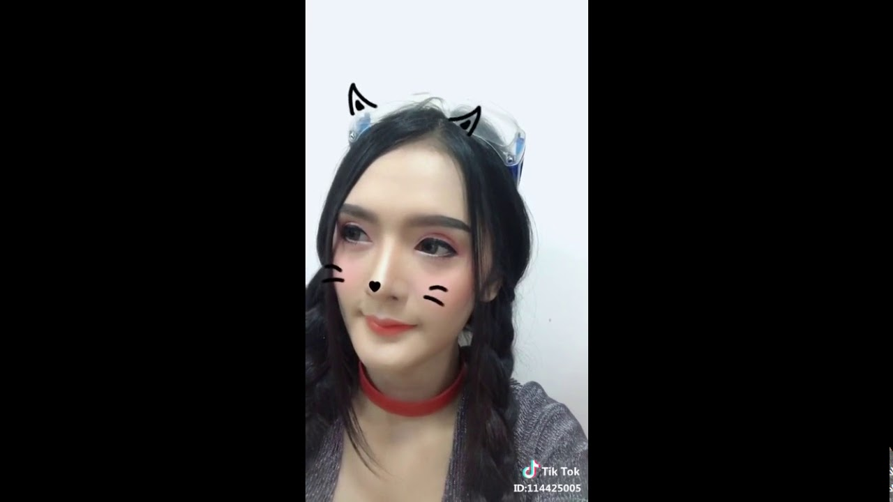 Best Cute Girls On Tik Tok , Say Moew , Part13
